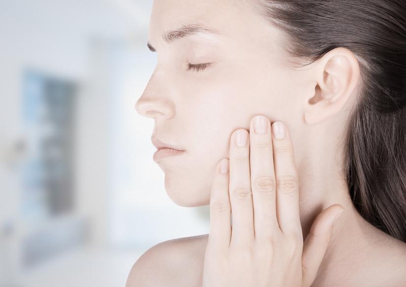 clínica dental periodoncia tratamientos ortodoncia prevención implante dentales